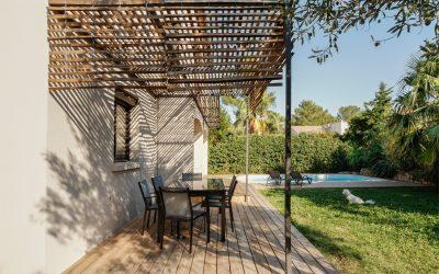 aménagement extérieur – terrasses – protection solaire – pourtour piscine – façade