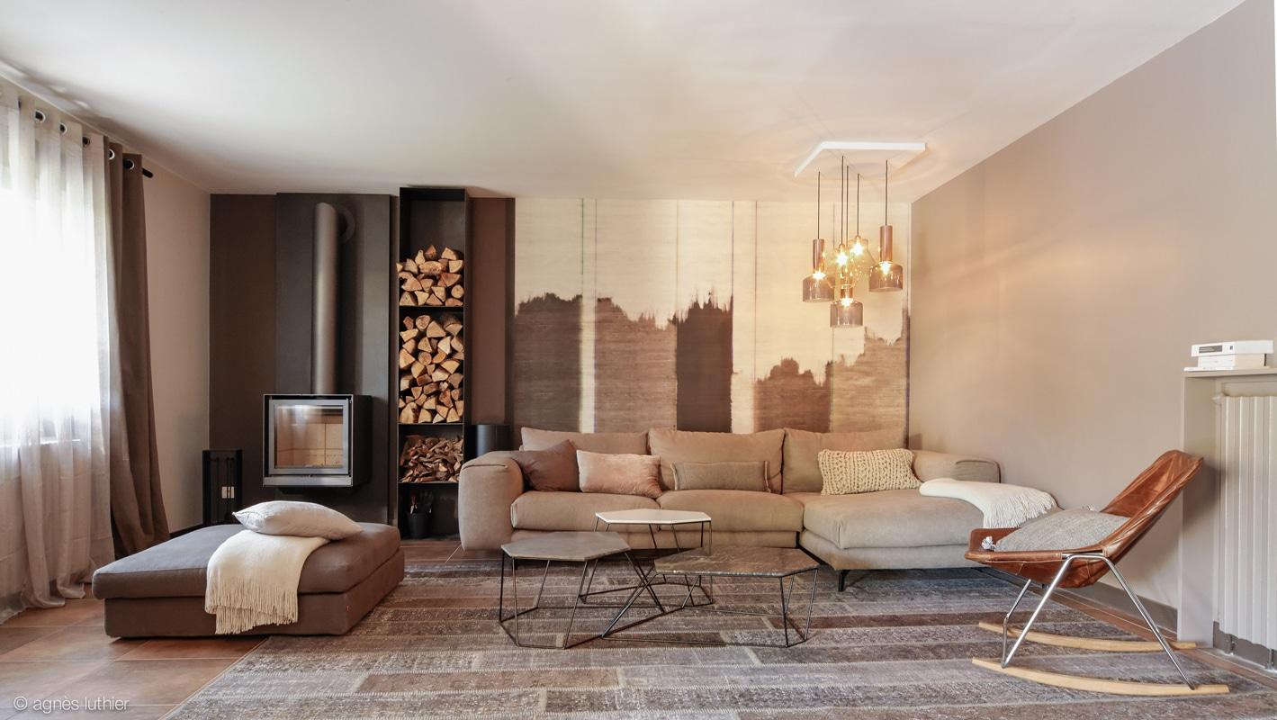 am nagements et d coration meubl e d 39 un salon de particulier ajout d 39 un po le cr ation de. Black Bedroom Furniture Sets. Home Design Ideas