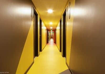 campus-hirondelles-espaces-communs-circulations-couleurs-agnes-luthier-17