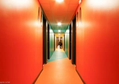 campus-hirondelles-espaces-communs-circulations-couleurs-agnes-luthier-18