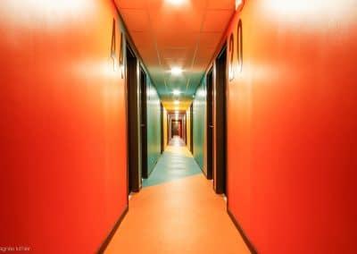 campus-hirondelles-espaces-communs-circulations-couleurs-agnes-luthier-19
