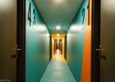 campus-hirondelles-espaces-communs-circulations-couleurs-agnes-luthier-20