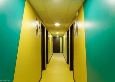 campus-hirondelles-espaces-communs-circulations-couleurs-agnes-luthier-4